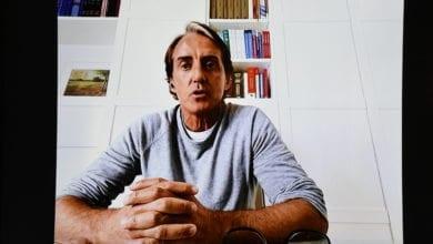 Photo of Roberto Mancini a LaChirico: «Siamo sotto una bolla: ma con la giusta attenzione lo sport può andare avanti»