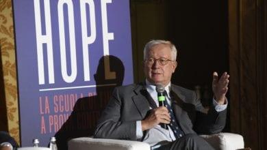Photo of Giulio Tremonti a LaChirico: «Serve un accordo globale, con dentro tutti: anche la Cina»