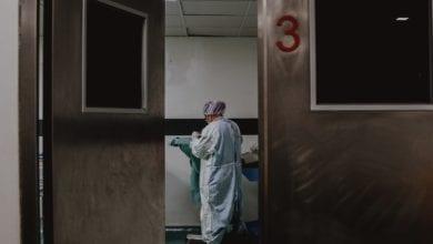 Photo of Gimbe: Calano i tamponi e i contagi, ma le terapie intensive oltre la soglia critica