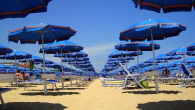 Photo of Italiani in vacanza: il 65% ha scelto una località balneare
