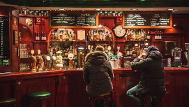 Photo of Uk, troppa gente nei pub dopo il lockdown e la birra scarseggia