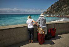 Photo of Riparte il turismo: +10% di prenotazioni rispetto a giugno dell'anno scorso e boom di ricerche sull'Italia