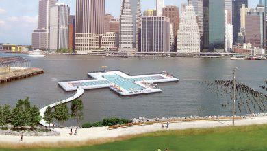 Photo of New York, una piscina galleggiante sull'East River
