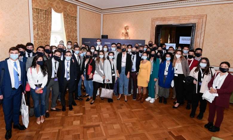 "Photo of ""Rinascita Italia: The Young Hope"": candidature aperte"