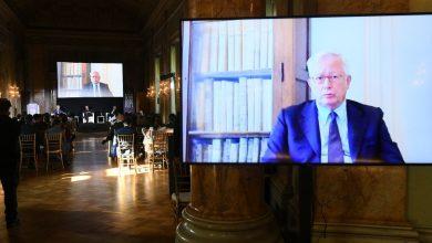 Photo of Tremonti a LaChirico: «Rapporti Ue-Russia, la democrazia non si può esportare o imporre»