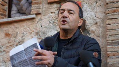 """Photo of """"Modello Riace"""", le intercettazioni di Mimmo Lucano"""